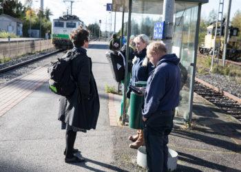20 matkustajaa odotti lähemmäs tunnin Porista tulossa ollutta junaa iltapäivällä kello kolmen jälkeen.