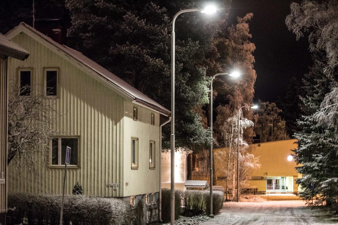 Härmänkatu päättyy Muistolan kouluun.