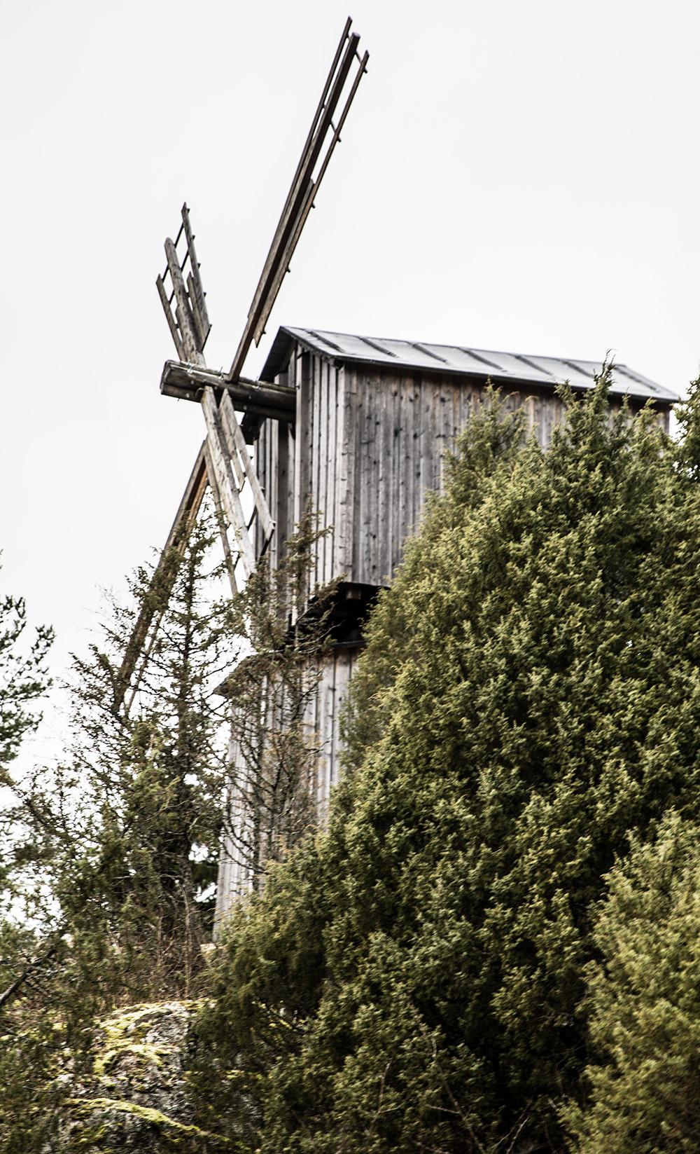 Suodenniemen kotiseutumuseon tuulimylly.