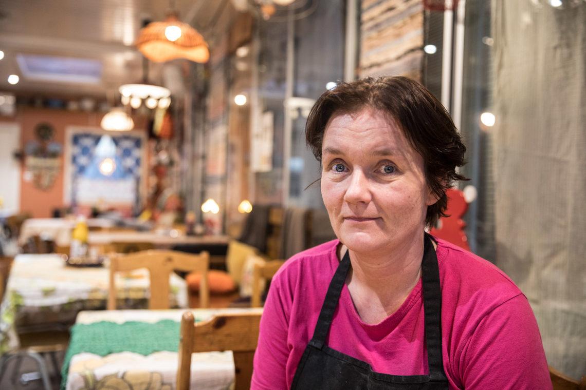 Ravintolaesimies Suvi Marjamäki perusti Suvituulen yhdeksän vuotta sitten vireään pieneen kylään, kuten hän Kiikkaa vuosikymmenen alussa kuvaa.