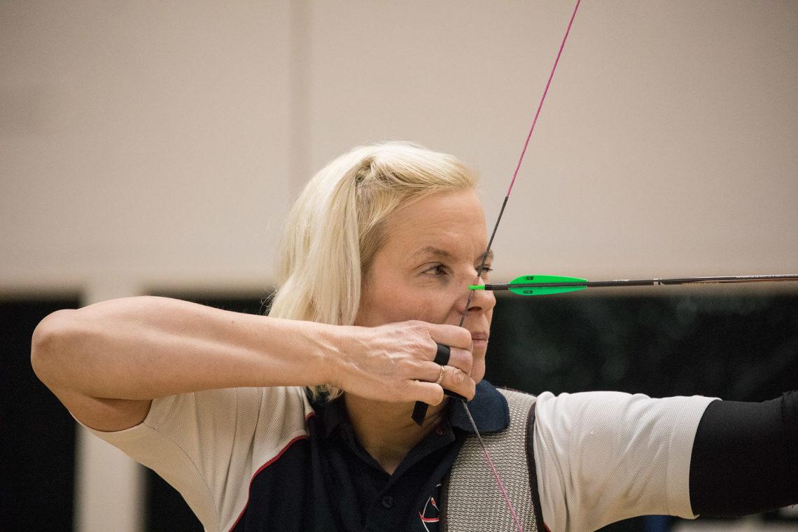 Päivi Harjunpää osaa sulkea mielensä kaikelta muulta. Tuloksena on muun muassa kolme naisten Suomen mestaruutta.
