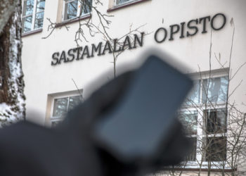Viime viikolla pelättiin huijarin kalastelevan mobiilimaksuina Sastamalan opiston maksuja omalle tililleen.