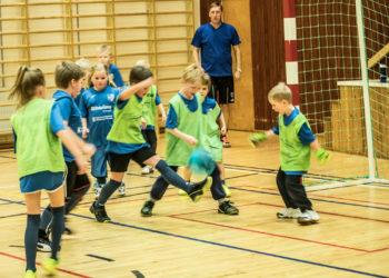Suodenniemen lapsilla on ammattivalmentaja. Uuden harrastuksen ovat mahdollistaneet yhteistyössä paikkakunnan yrittäjät, Suodenniemen Urheilijat ja Suodenniemen säästöpankkisäätiö.