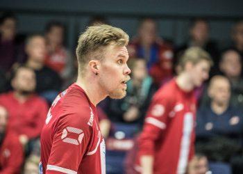 Urpo Sivula pelasi hienosti ja palkittiin Valepan parhaana.