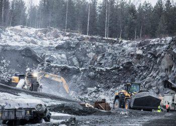 Maa-ainesluvat työllistävät yhä enemmän. Kuva Mouhijärveltä.