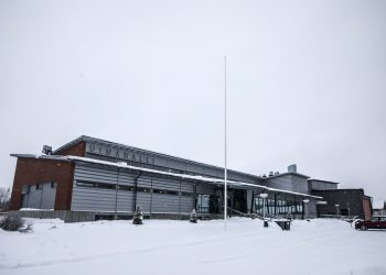 Kaupunki vuokraa Huittisten uimahallia, jotta koululaisuinnit onnistuisivat tänäkin keväänä.