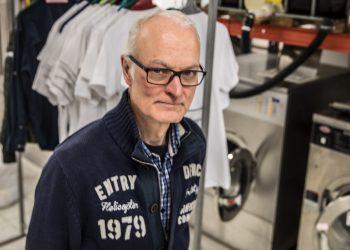 Juha Varvio väittää olevansa pesunkestävä merimies, purjehtineensa Atlantin yli ja opiskelleensa pesuteknologiaa korkeakoulussa.