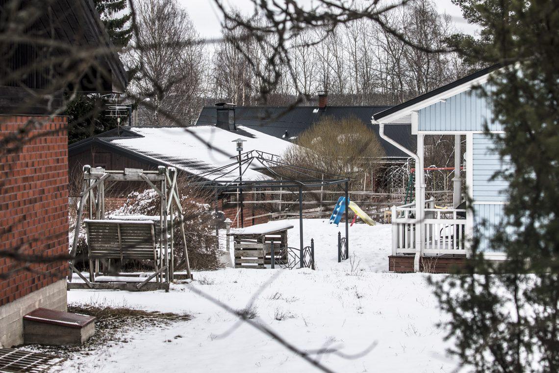 Riippiläntien länsipuolelle vastapäätä koulua jäävä asuntoalue on rakentunut täyteen. Kaupungilla on rakentamiseen sopivaa maata myös koulun toisella puolella.