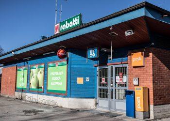M-market Rabatin lopettaminen siirtää asiamiespostin sadan metrin päähän.
