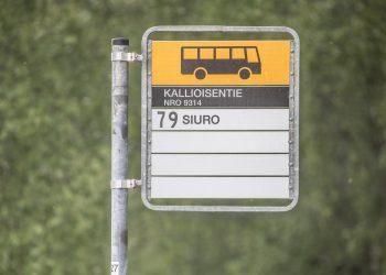 Jo Siuro on matka-ajan kannalta kovin kaukana Tampereen keskustasta, jos matkaa tekee paikallisliikenteen bussilla.