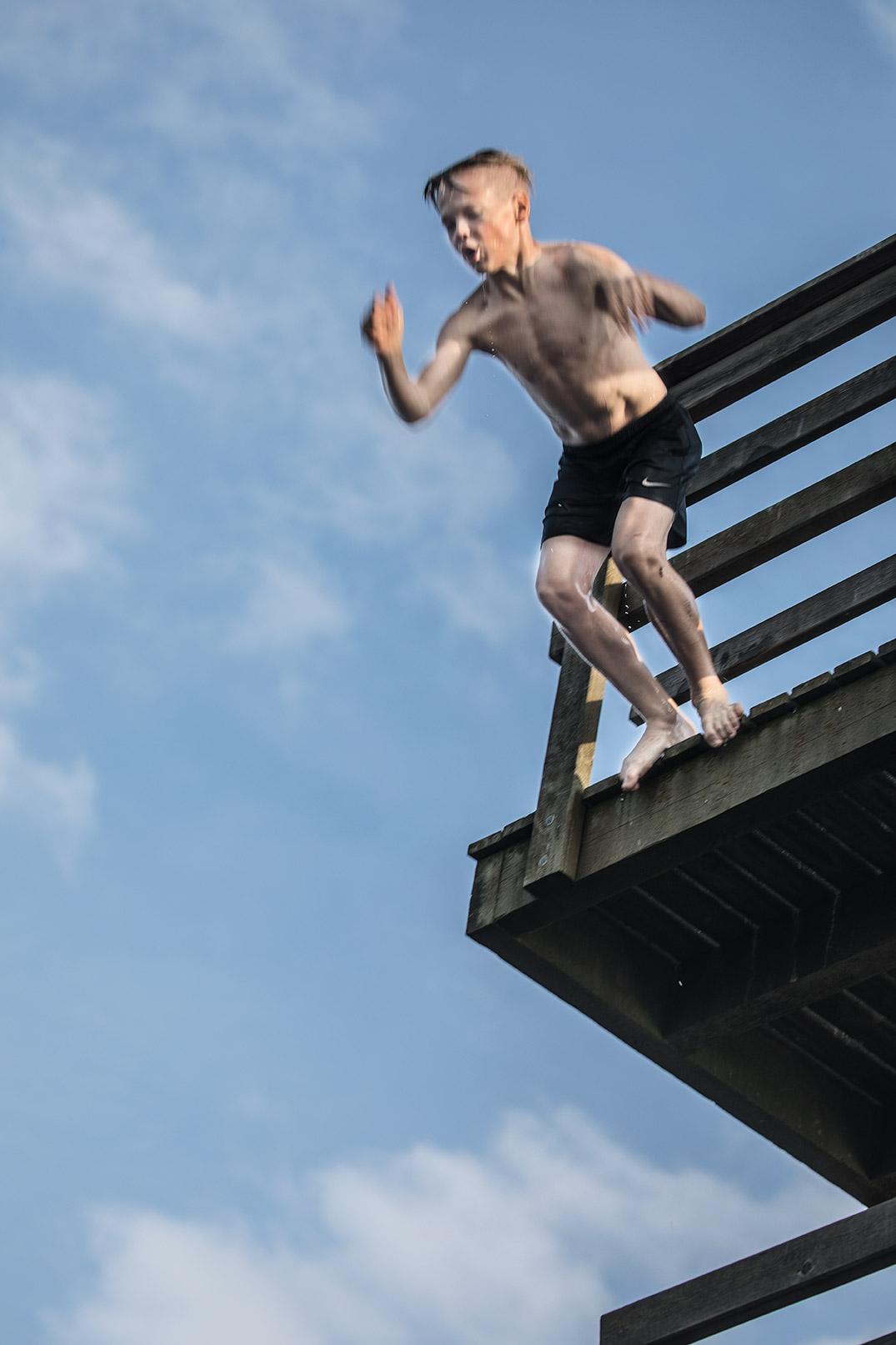 Hyppy kahdeksasta metristä. Niklas Mäntylä.