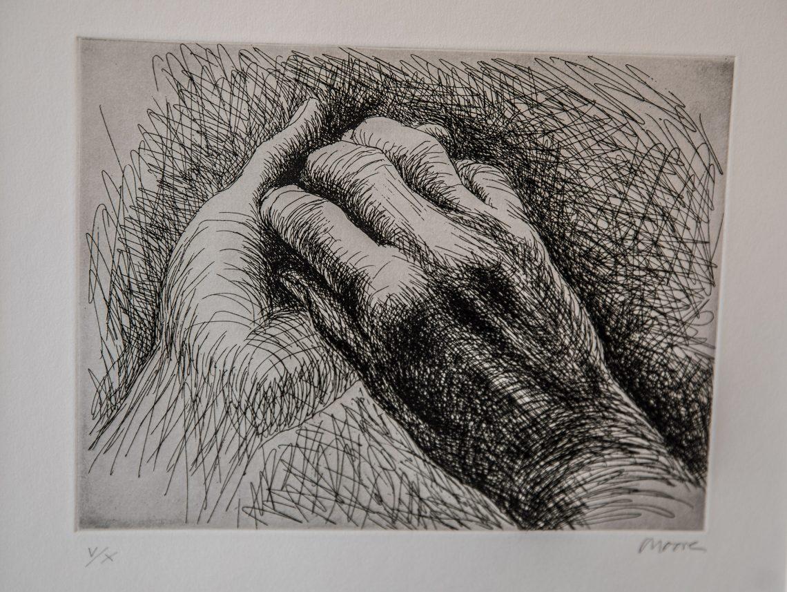 Henry Mooren varhaisimmassa grafiikassa ei modernismi kaikin ajoin näy. Osa töistä on tiukan esittäviä.