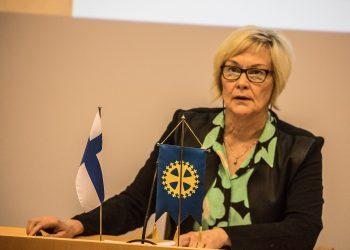 Valtuuston puheenjohtaja Ulla Yli-Hongisto.