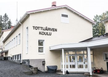 Tottijärven koulu.