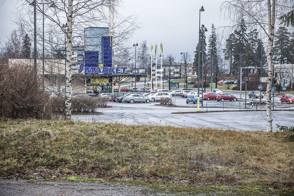 Uudet Prismat halutaan keskelle kaupunkirakennetta. Siinä mielessä Sastamalan S-marketin paikka olisi erinomainen. Googlen karttaohjelman mukaan kaupungin keskipiste on S-marketin nurkalla.