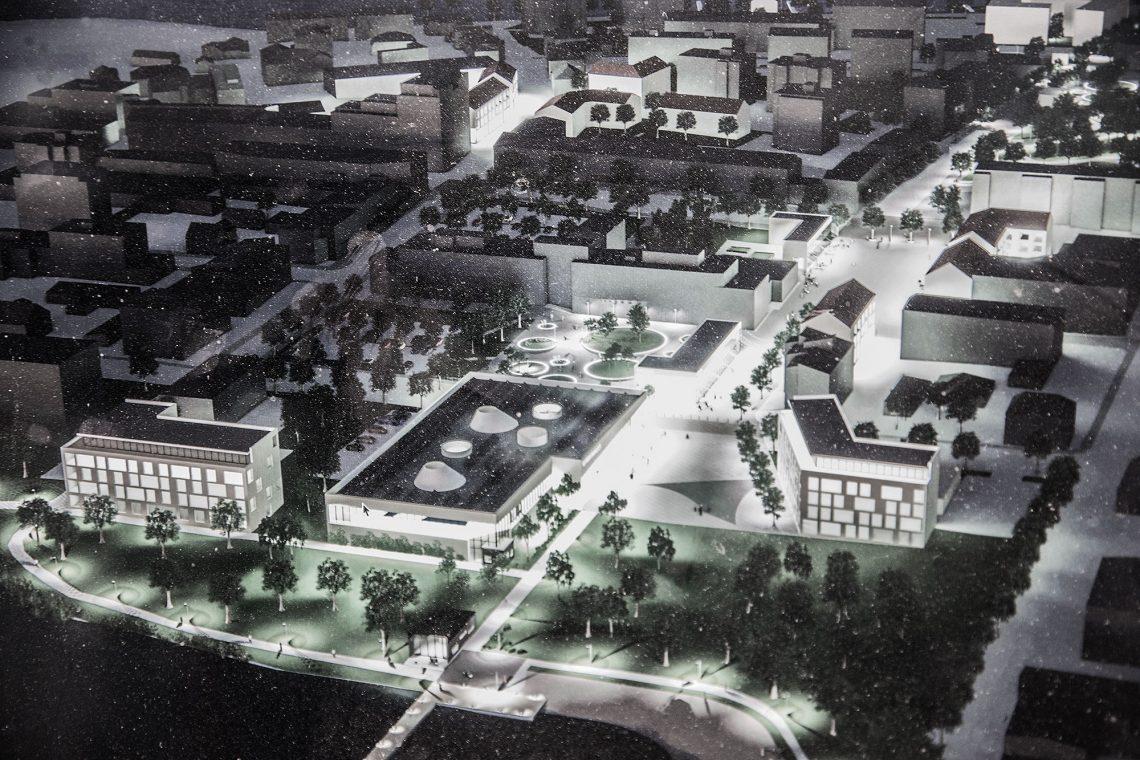 Ydinkeskustan asemakaavojen muuttaminen on iso haaste. Näkymä Liekoveden suunnasta Pororantaan ja uuden torin alueelle. Kuva on arkkitehtikilpailun jälkeisestä suunnitelmasta puolentoista vuoden takaa.