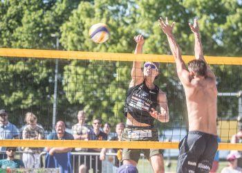 Kaalisaaressa pelataan jatkossa beach volleyn ohella myös padelia, mikäli kaupunki hyväksyy vuokrasopimuksen.