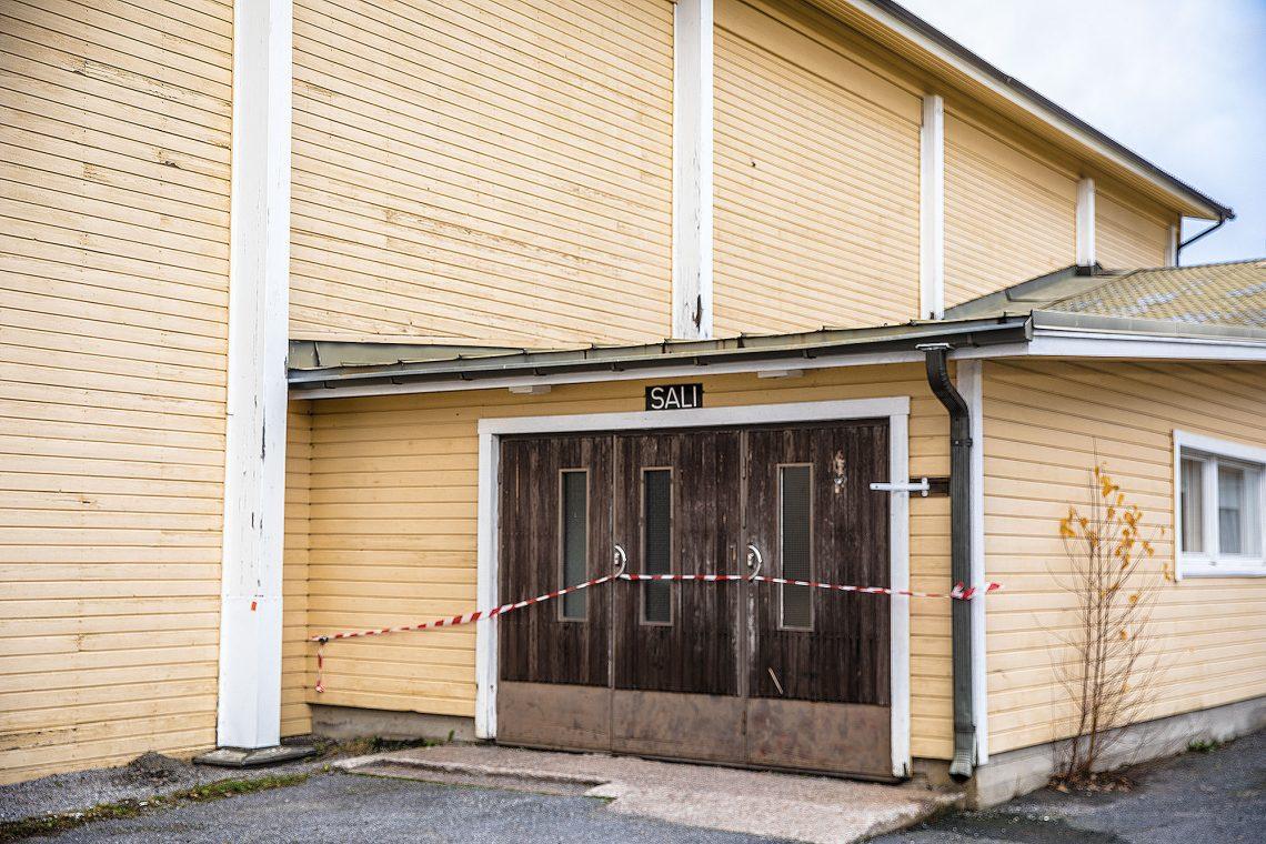 Vaaralliseksi todettu Suodenniemen liikuntahalli korvataan uudella, jonka tiloihin muuttaa myös kirjasto.