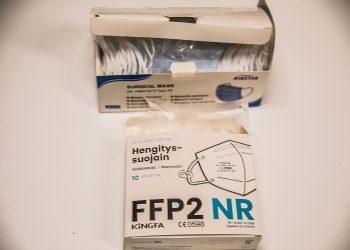 FFP2-maskit ovat hyvä suoja tehokkaasti leviäviä muuntovituksia vastaan. Ne leviävät tehokkaasti aerosolien avulla.