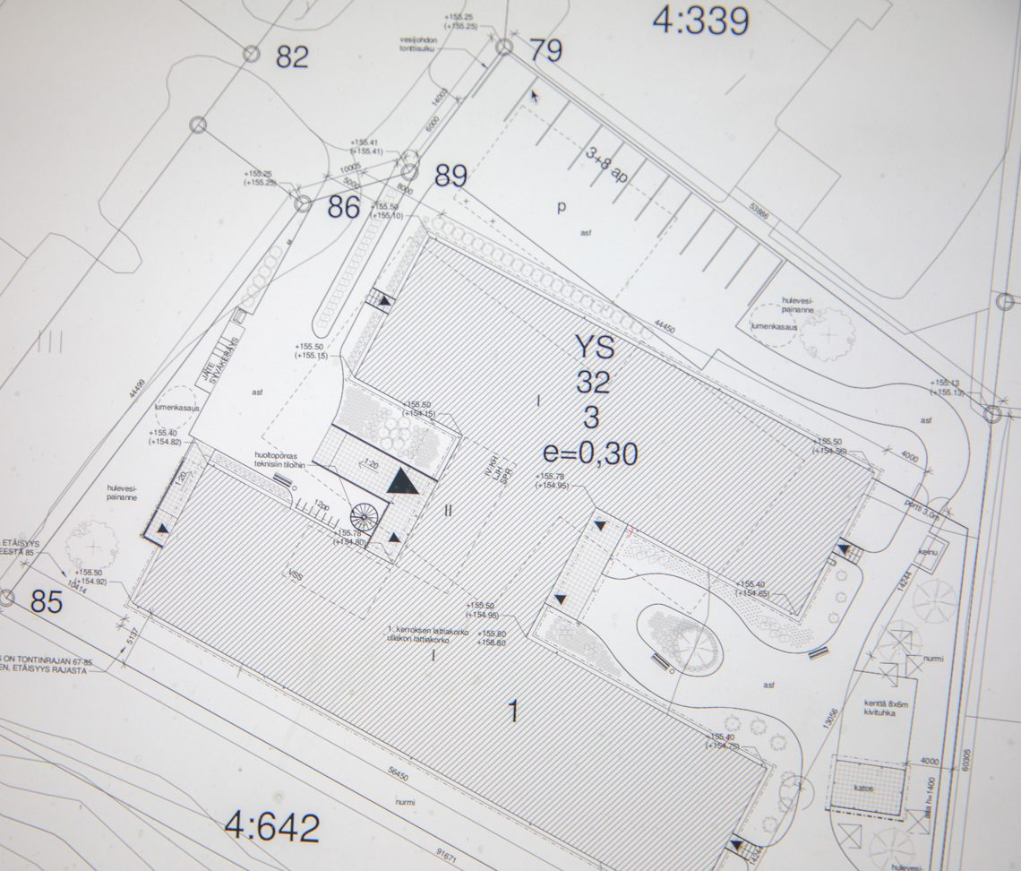 Asemapiirros kertoo perin tehokkaasta tontin käytöstä.