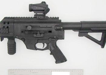 Tulostimella valmistettu ampuma-ase. Kuva: poliisi.